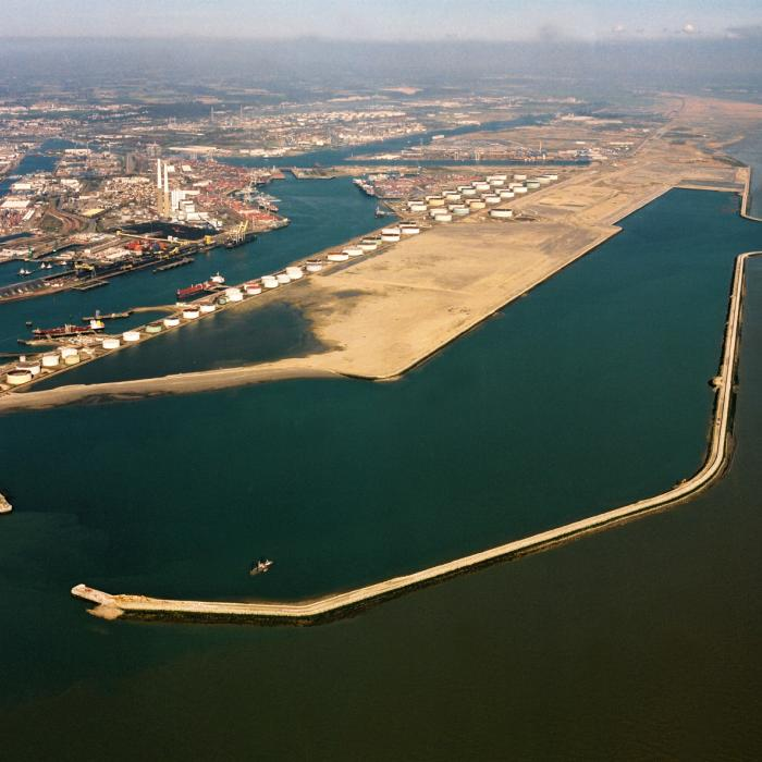 Overview of the port of Le Havre